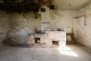 Die alte Feuerstelle vor dem Abbruch